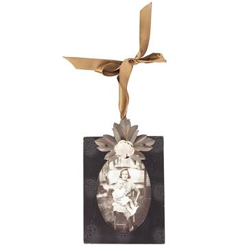 Picture of Leaf Metal Photo Frame