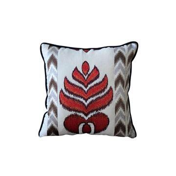 Resim Desenli Yaprak Nakışlı Kare Yastık 45x45 cm