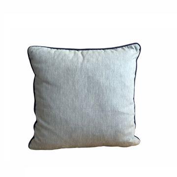 Resim Nakışlı Kare Yastık 43x43 cm